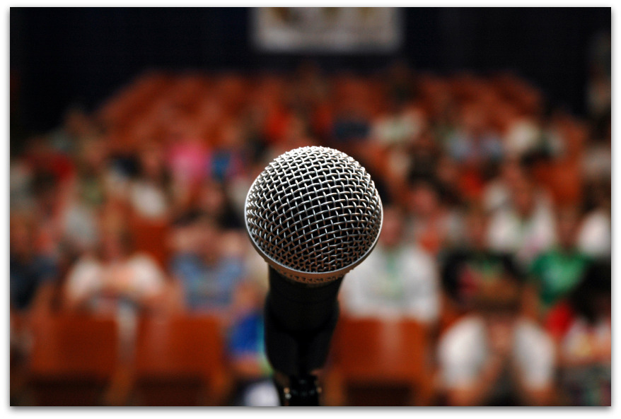 Žodžio tarnystėje: ar užtenka vien turėti ką pasakyti?